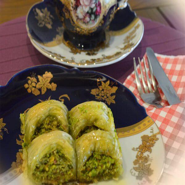 çağlayan fırını Ankara- timi sandviç- ekmek- çağlayan unlu mamuller-fıstıklı baklava