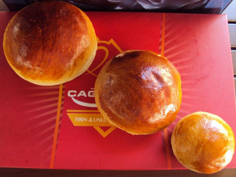 çağlayan fırını Ankara- timi sandviç- ekmek- çağlayan unlu mamuller-yumurtali hamburger ekmegi